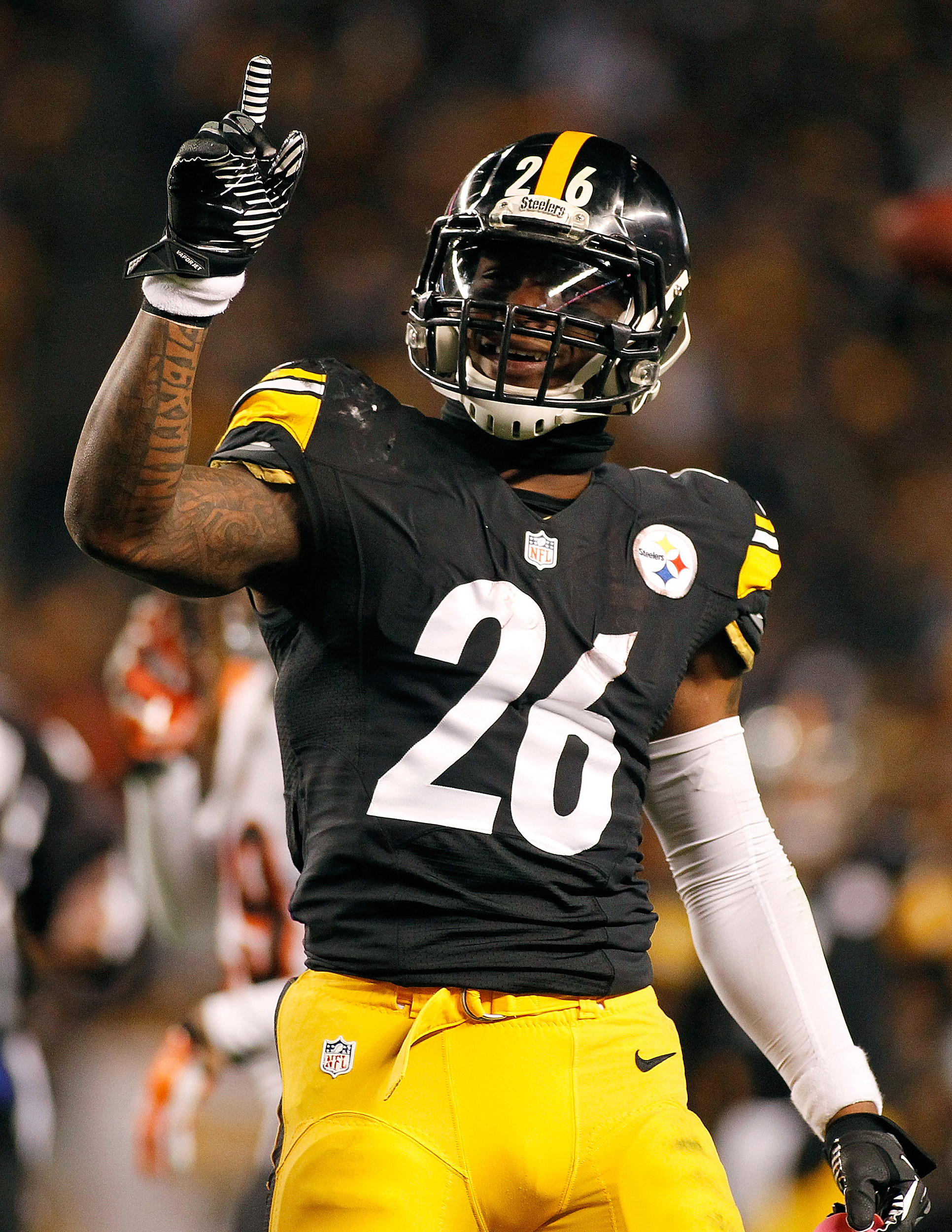 LeVeon Bell Suspension Cut to 2 Games
